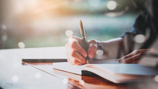 Kunci Sukses Mendapatkan Jati Diri Sebagai Penulis Baru